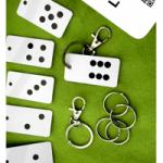 key-tag-set-dominoes-product-image